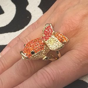 Jewelry - NWT FISH RING - Gold, orange and red